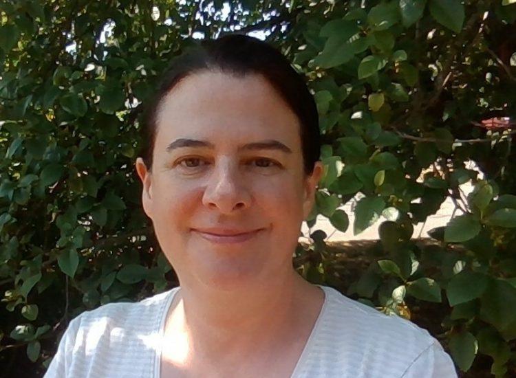 Susannahs Headshot 1